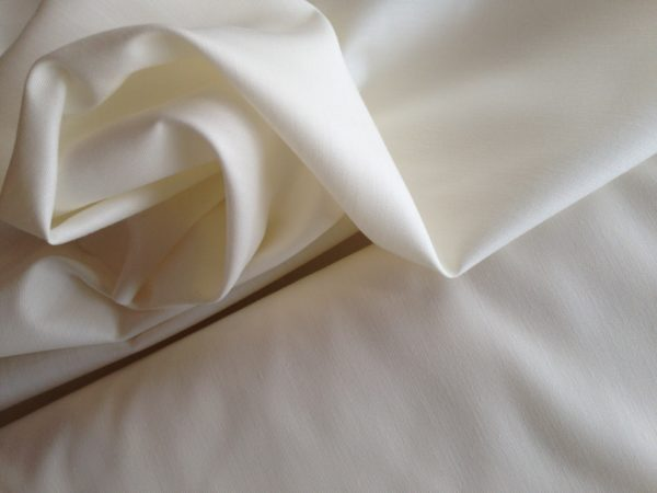 Ivory Cotton Polyester Curtain Lining