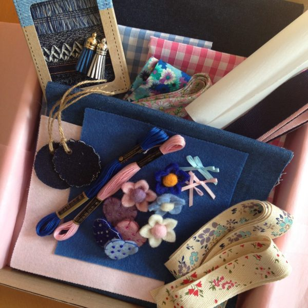 the-s box August 2017 Contents -blue option